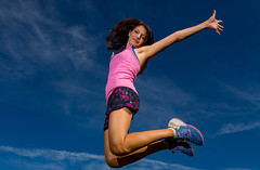 Summer jump (Flickr_Rick) Tags: jump jumping jumpology woman brunette legs athletic air jamie