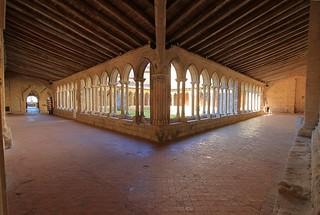 Cloître de l'église collégiale - Saint-Emilion