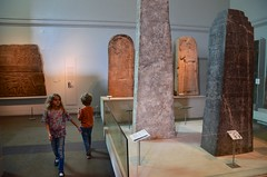 The Kids In The British Museum (Joe Shlabotnik) Tags: everett england london violet 2017 britishmuseum april2017 obelisk assyrian museum sculpture afsdxvrzoomnikkor18105mmf3556ged