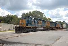 """Rebuilt Warrior, Old Warrior & New Warrior"" CSX Q456-25 9/25/16 (tjtrainz) Tags: csx csxt folkston ga georgia jacksonville division nahunta subdivision emd ge electro motive general electric q456 manifest train rebuilt sd403 ex cr conrail sd402 et44ah"