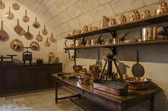 Dans les cuisines de Chenonceau (letexierpatrick) Tags: chenonceau touraine france châteaudelaloire cuisine couleurs couleur colors intérieur nikon nikond7000 old château castle