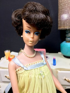 Brunette Side Part Bubble Cut Barbie in Sweet Dreams