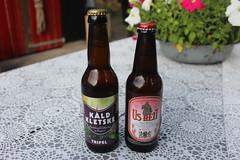 Two Frisian beers (Davydutchy) Tags: bier beer birra bière pivo пиво øl sör cerveza olut cervisiam biero μπύρα piwo dutch holland mini micro brewery brouwerij brauerei piwowar sládek cervecero frysk fries frisian fryslân friesland frisia frise úsheit bolsward boalsert kâldkletske burgum bergum bjusterbaarlik lekker netherlands niederlande paysbas july 2017