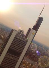 Frankfurt - Commerzbank schräg - crop - edited - Linsenreflexion (fictionality1) Tags: frankfurt skyline commerzbank lichteffekt skyscraper hochhaus wolkenkratzer
