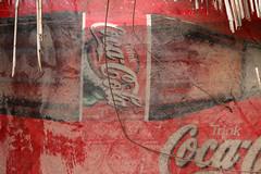 Refreshing (gripspix (OFF)) Tags: 20170703 ads sign werbeschild cocacola filth dreck worn abgenutzt vintage ravagesoftime zahnderzeit
