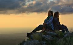 ELLAS EN LAS NUBES (Marina Balasini & Juan Montiel) Tags: sky cielo woman mujer heaven montaña mountain stones rocas travel turismo viajes argentina paisaje