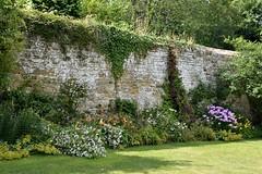 Chartwell's other wall (Peter Denton) Tags: wall garden winstonchurchill ©peterdenton westerham kent primeminister politics politician nationaltrust secondworldwar england europe uk history nikond5300