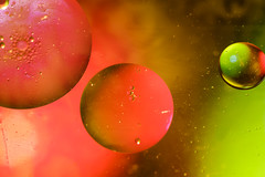 Three drops of oil (Tomo M) Tags: macromondays three oil drop light macro 3 universe water liquid bubble oilseparating