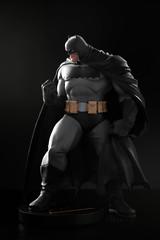 Batman by Andy Kubert | Statue | DC Collectibles (leadin2) Tags: dc collectibles batman darkknight dark knight returns comics 2017 canon andy kubert designer series statue