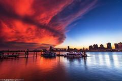 火燒大稻埕(Taiwan) (TWeiKia) Tags: 大稻埕 火燒雲 霞光 倒影 taiwan 碼頭 夕陽 sunset clouds