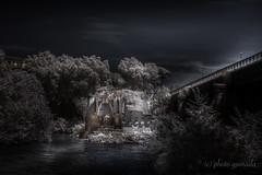 Italia - Roma - Ponte Rotto ... (gporada) Tags: ponteemilio ponsaemilius ponterotto d40 nikon infrared rome italy tiberriver tiberisland
