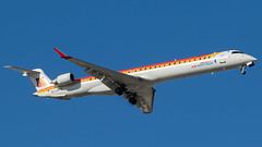 MAD - Air Nostrum CRJ-1000 EC-LOV (Eyal Zarrad) Tags: airnostrum crj10 eclov lemd madrid9 aircraft airport aviation airline aeroplane avion eyalzarrad airplane spotting avgeek spotter airliner dslr flughafen aeropuerto planespotting planetransportation transport photography aviationphotography 2017 spain madrid mad canon 7d mk2 barajasairport