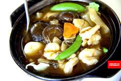 Claypot Seafood (砂锅一品锅) (APERTURE X & THE CULINARY ADVENTURER) Tags: food singapore tzechar claypot braised seafood mushrooms vegetable prawns scallops seacucumber
