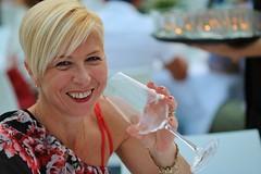Ritratto (1laura0) Tags: ritratto mum happy primopiano luce portrait whitered red wine
