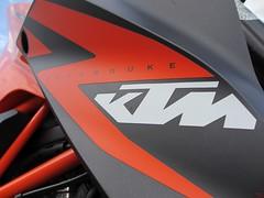 KTM Super Duke 1290 (3) (elgaspoo) Tags: ktm super duke 1290 hurric bike auspuff motorrad orange weiss