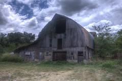 (Meth Swanson) Tags: ozarkbarns missouri relics rural farms