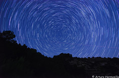 circumpolar (ArtHermo) Tags: sella night stars circumpolar nikon d7000 tokina 1116 nisi filter amics komando kassalla arturohermosilla julio 2017
