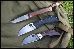 1C5A2634 (bakelite1) Tags: torpen jerome hovaere lucane micarta couteaux cran