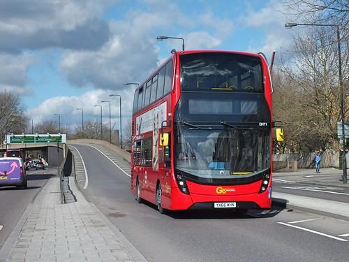 Go Ahead London Central - EH71 - YX66WHN