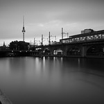 Berlin Spree Jannowitzbrücke 2017-07-25 - graue Stunde thumbnail