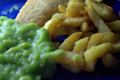 Fish Chips & Mushy Peas (Tony Worrall) Tags: add tag ©2017tonyworrall images photos photograff things uk england food foodie grub eat eaten taste tasty cook cooked iatethis foodporn foodpictures picturesoffood dish dishes menu plate plated made ingrediants nice flavour foodophile x yummy make tasted meal fish chips mushy peas classic