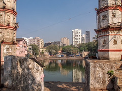 Mumbai 2015 (hunbille) Tags: birgittemumbai1lr india mumbai ghat steps walkeshwar temple complex walkeshwartemple malabarhill malabar hill bangangatank banganga tank lake framed reflection bombay