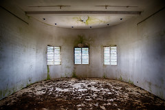 Tell Me what the Weather Is Like (losvizzero) Tags: france fr guadeloupe caribbean antilles january 2017 holidays travel winter tropical island desirade abandoned forlorn forgotten building white meteo station
