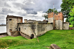 Upnor Castle (Geoff Henson) Tags: castle river medway kent fort clouds flag wall grass defence nikon tokina building upnor