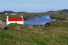 Aird Mhor, Barra (Niall Corbet) Tags: scotland outerhebrides hebrides barra island airdmhor coast house cottage whitewash white red roof