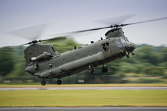 Chinook (AdrianH Photography) Tags: nikon 70200 aviation airshows aircraft helicopters raf fairford airtattoo glostershire