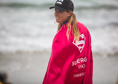 Supergirl Pro Winner: Courtney Conlogue (EthnoScape) Tags: congratulations oceanside california cityofoceanside courtneyconlogue winner supergirl supergirlpro neon paulmitchellneonsupergirlpro surfer surfers surfista surfistas surfergirl pro professional surfing surfboard espn espy espyawards women sport international bikini wetsuit swimsuit swimwear bañador lycra beauty feminine femininity power athlete athletic goals motivate motivation determination sponsor sponsors sponsorship paulmitchell hairstyle stylist beach shore shoreline suntan blonde brunette ethnoscape ethnoscapeimagery