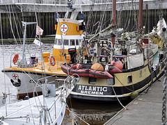 Vegesacker Hafen (robárt shake) Tags: vegesackerhafen vegesack atlanticbremen bremen schiffe harbour harbor hafen anleger freizeit outdoor water wasser fluss sailing shipping schifffahrt