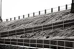 (CanMan90) Tags: happy fence friday blackwhite rock wall dallasrd cloverpoint victoria britishcolumbia canon rebelt3i outdoors