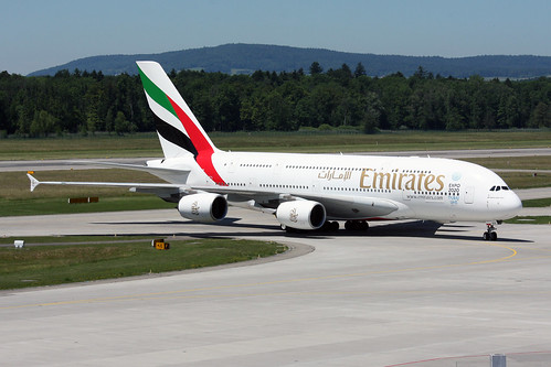 Emirates Airbus A380-861 A6-EDX