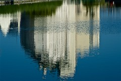 Reflet troublé (mifranc91) Tags: 8180 canal d700 eau nikon2 paris reflet vent water wind