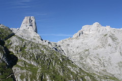 "Picos de Europa 2017 289 <a style=""margin-left:10px; font-size:0.8em;"" href=""http://www.flickr.com/photos/122939928@N08/35295906924/"" target=""_blank"">@flickr</a>"