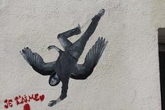 Ender_2958 rue des Boulets Paris 11 (meuh1246) Tags: streetart paris paris11 ender ruedesboulets ange capuche