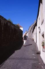 Kirk Street, Culross (demeeschter) Tags: scotland great britain culross heritage house attraction museum historical town