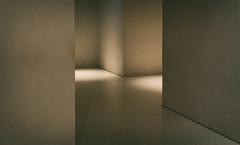 ums Eck (glasseyes view) Tags: glasseyesview beton architecture architektur museum kolumba lichtstudie innenraum beleuchtung wände walls mauern