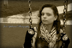 https://www.facebook.com/JoseSpektrumPhotography/ (josespektrumphotography) Tags: foto recuerdos sepia canon retrato josespektrum josespektrumphotography columpio