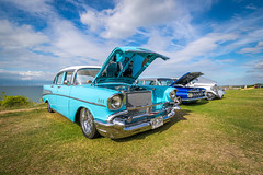 Vintage cars, Tankerton (Aliy) Tags: car cars vintagecar vintagecars carshow tankertonslopes tankerton whitstable kent bonnet blue turquoise coast sea