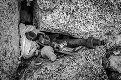 Metalic Dead Nature (Walimai.photo) Tags: nikon d7000 18105 salamanca pueblo village piedra stone metal black white blanco negro byn bw branco preto blanc noir barceo spain españa