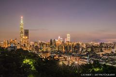_DSC5325 (承翰謝1) Tags: 台灣 taiwan 台北 taipei 101 夜景 風景 nightscene 星芒 虎山 忘憂崖