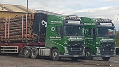 2 James Jones Volvo FH's SV66 KAA and SY17 JUJ. (adamdavies8) Tags: jamesjones volvo timber haulage highlands inverness fh