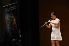 María Lejuan Terán interpreta una obra con su oboe