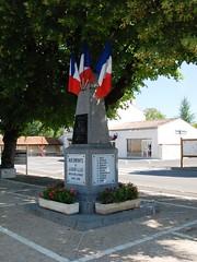 79-Loubillé (jefrpy) Tags: guerrede1418 warmemorial ww1 poitou psaget 79deuxsevres france monumentauxmorts