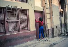 Streets of Havana - Cuba (IV2K) Tags: havana habana lahabana cuba cuban kuba caribbean street sidewalk sony a7 sonya7 habanavieja centrohavana oldhavana fidelcastro castro fidel