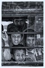 in viaggio (mat56.) Tags: ritratto ritratti portrait portraits persone people ragazzi youngs viaggio travel rajasthan india asia pulman bus espressione expression bianco nero black white antonio romei mat56 candid