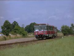 SA102-002 (pedro4d) Tags: mamiya 645 pro tl sekor c 2104 kodak portra 160vc expired film analog polska kolej pociąg train railway drzycim