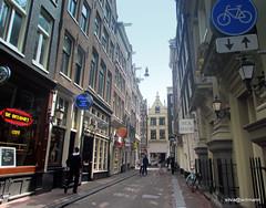 Amsterdam (silwittmann) Tags: holanda holland netherlands europa street urban streetscape architecture historic oldcity europa2017 buildings perspectiva amsterdam holandadonorte nederland noordholland